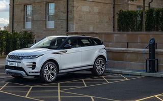 Range Rover Evoque și Land Rover Discovery Sport primesc versiuni plug-in hybrid: 309 CP și autonomie electrică de până la 66 de kilometri