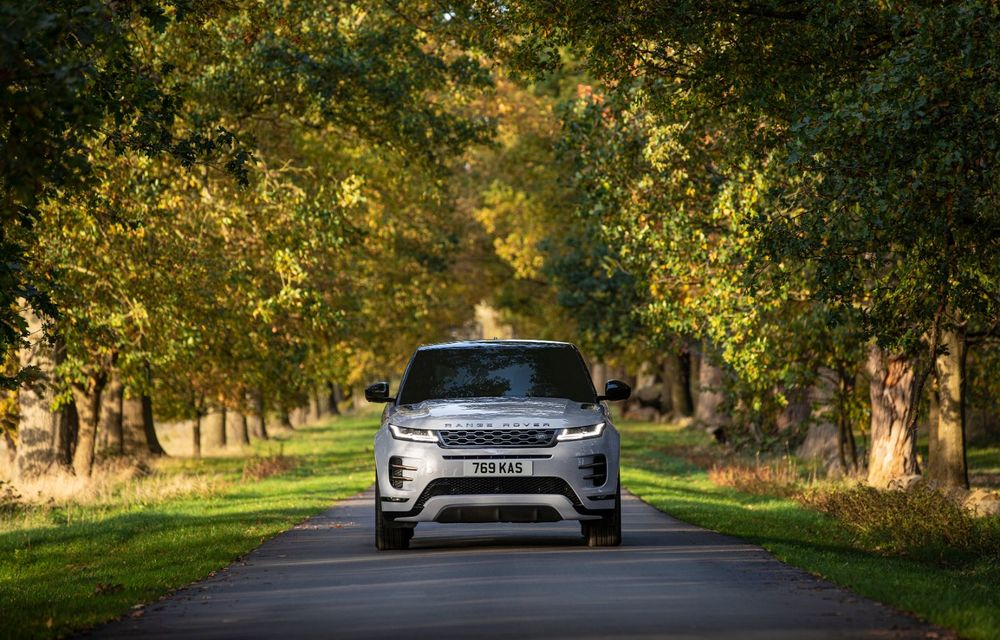 Range Rover Evoque și Land Rover Discovery Sport primesc versiuni plug-in hybrid: 309 CP și autonomie electrică de până la 66 de kilometri - Poza 3