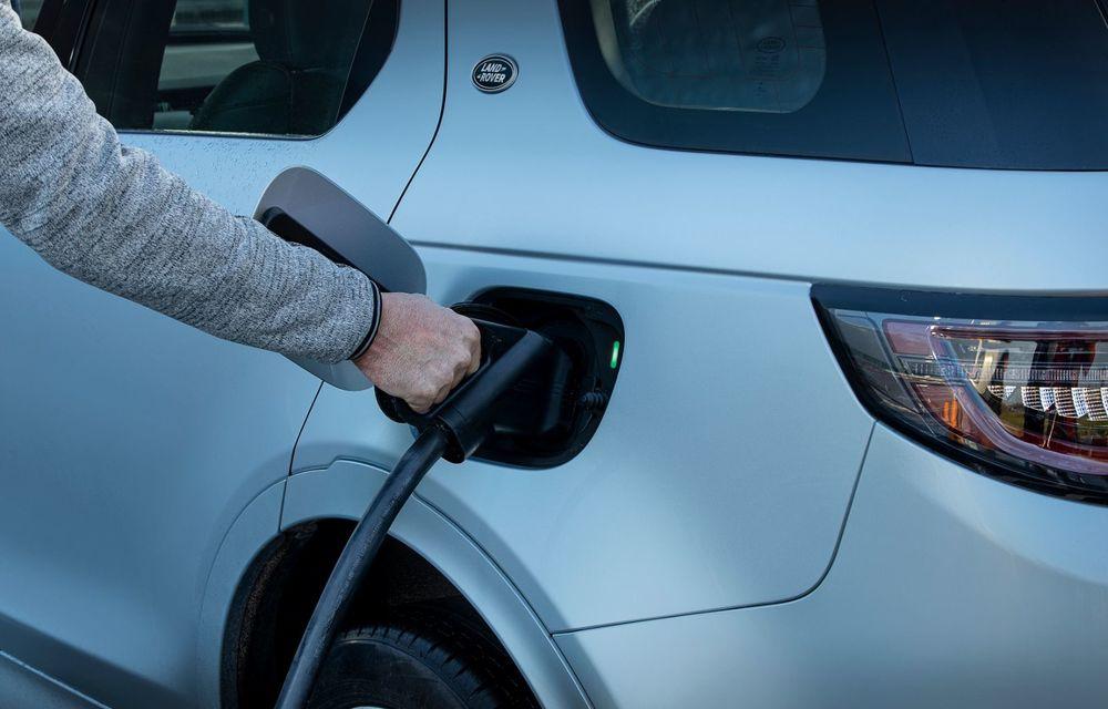 Range Rover Evoque și Land Rover Discovery Sport primesc versiuni plug-in hybrid: 309 CP și autonomie electrică de până la 66 de kilometri - Poza 31