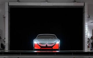 BMW pregătește o nouă generație de baterii fără cobalt în așteptarea unei game care în 2023 va conține 13 modele full-electrice