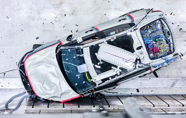 Polestar 2 a fost testat cu succes pentru integritatea bateriei: livrările sedanului electric cu autonomie de 500 de kilometri încep în acest an - Poza 1