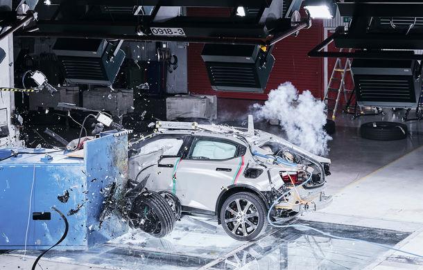 Polestar 2 a fost testat cu succes pentru integritatea bateriei: livrările sedanului electric cu autonomie de 500 de kilometri încep în acest an - Poza 2