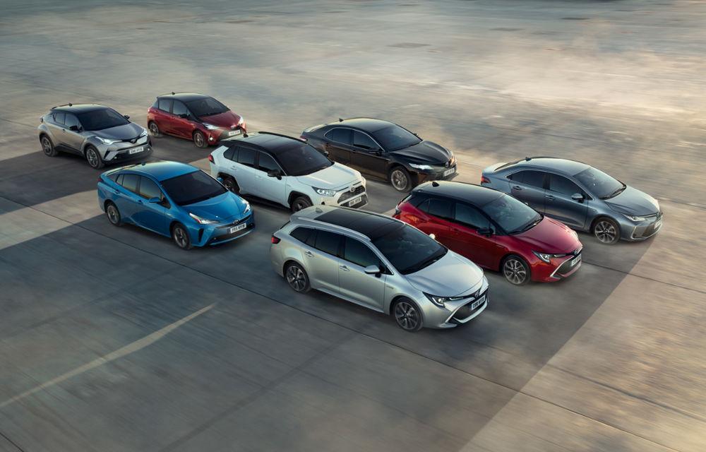Sărbătoare la Toyota: constructorul japonez a vândut 15 milioane de hibrizi de la lansarea lui Prius în 1997 - Poza 1