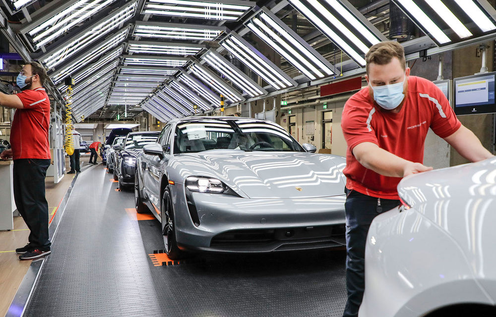Porsche va relua producția în uzinele din Zuffenhausen și Leipzig în 4 mai: nemții au pregătit măsuri speciale pentru protejarea angajaților - Poza 1