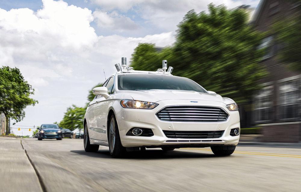 """Ford amână lansarea serviciului de taxi-uri autonome pentru 2022: """"Trebuie să analizăm cum se va schimba comportamentul clienților"""" - Poza 1"""