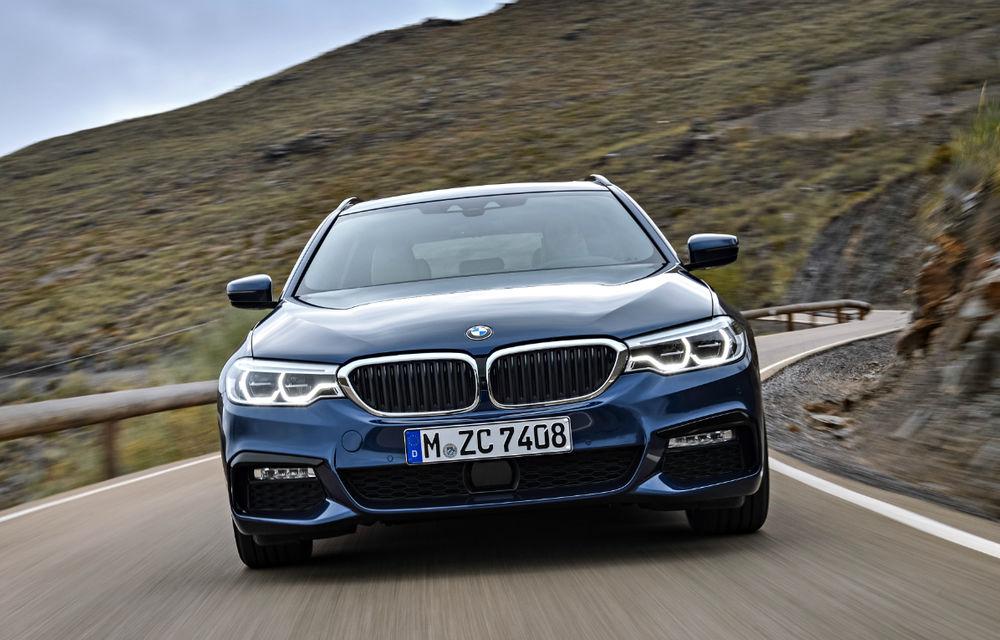 Video. Viitorul BMW Seria 5 Touring facelift, spionat pe Nurburgring: break-ul de clasă mare va fi lansat în cursul anului - Poza 1