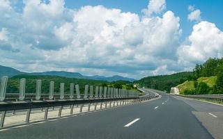 Proiect pilot pe autostrăzile din România: săgeți de avertizare pentru păstrarea distanței de siguranță între mașini
