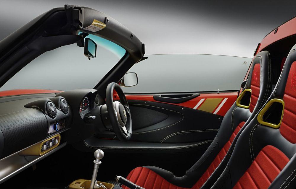 Lotus lansează colecția Elise Classic Heritage: patru versiuni speciale îmbrăcate în uniforme celebre în motorsport - Poza 3