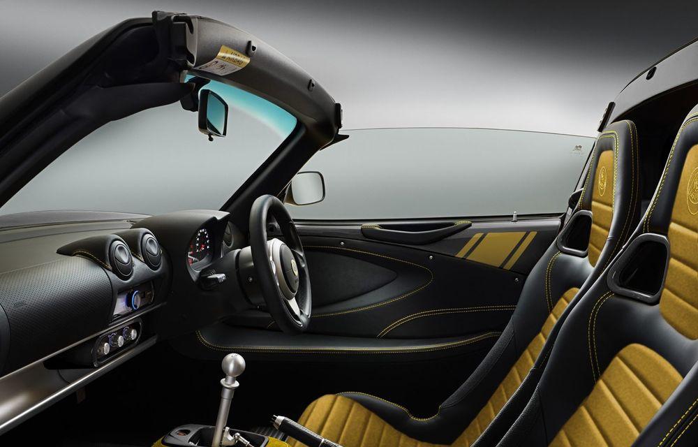 Lotus lansează colecția Elise Classic Heritage: patru versiuni speciale îmbrăcate în uniforme celebre în motorsport - Poza 6
