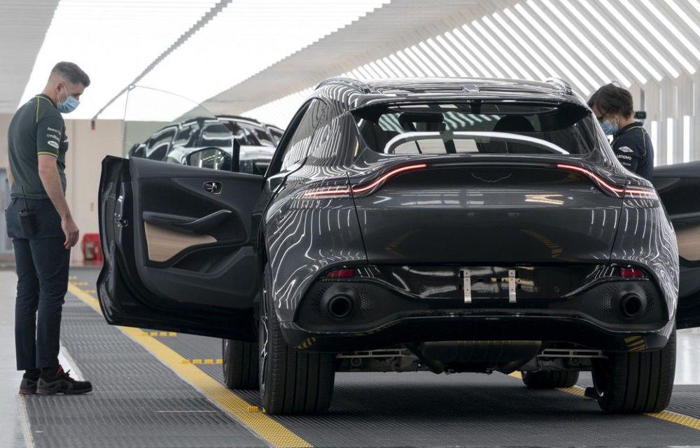 Aston Martin a repornit producția SUV-ului DBX: uzinele britanicilor vor fi redeschise gradual - Poza 1