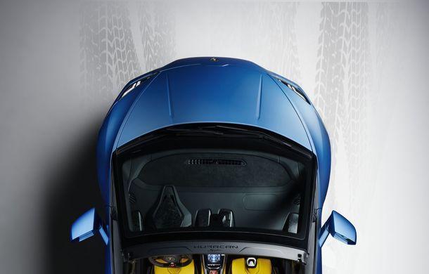 Lamborghini a prezentat noua versiune Huracan Evo Spyder RWD: 610 CP și 0-100 km/h în 3.5 secunde pentru supercar-ul cu roți motrice spate - Poza 10