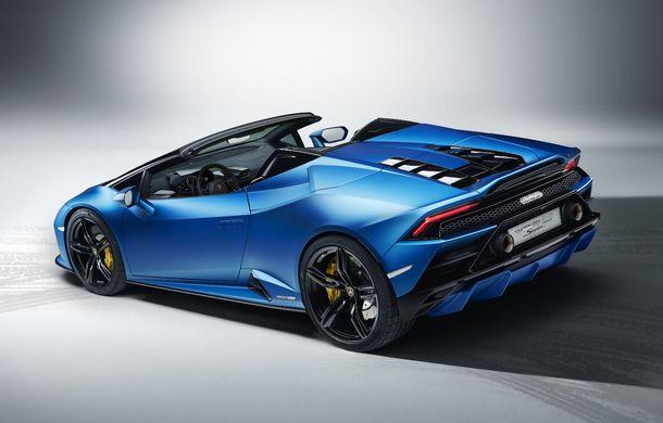 Lamborghini a prezentat noua versiune Huracan Evo Spyder RWD: 610 CP și 0-100 km/h în 3.5 secunde pentru supercar-ul cu roți motrice spate - Poza 6