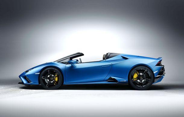 Lamborghini a prezentat noua versiune Huracan Evo Spyder RWD: 610 CP și 0-100 km/h în 3.5 secunde pentru supercar-ul cu roți motrice spate - Poza 9