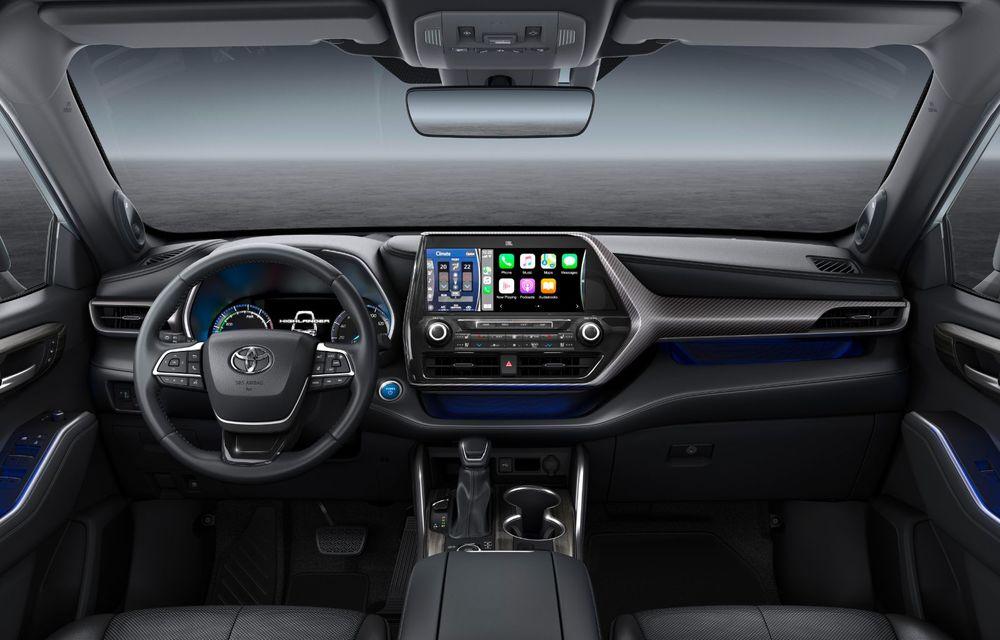 Toyota lansează Highlander în Europa: SUV-ul cu șapte locuri va avea doar versiune cu sistem hibrid de propulsie - Poza 3