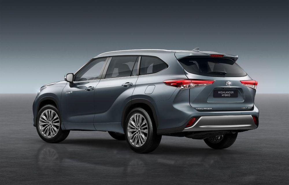 Toyota lansează Highlander în Europa: SUV-ul cu șapte locuri va avea doar versiune cu sistem hibrid de propulsie - Poza 2
