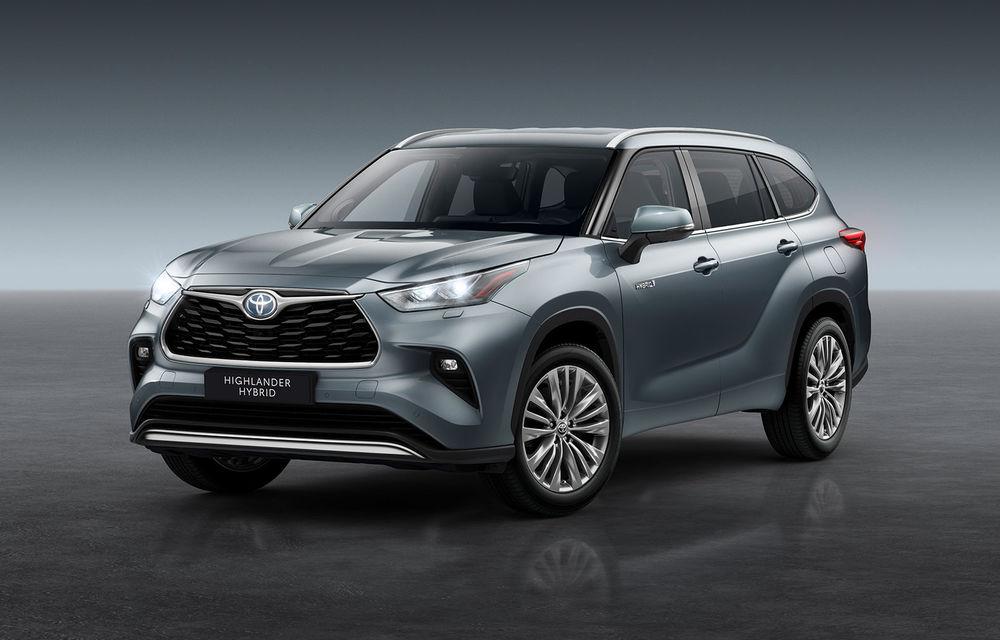 Toyota lansează Highlander în Europa: SUV-ul cu șapte locuri va avea doar versiune cu sistem hibrid de propulsie - Poza 1