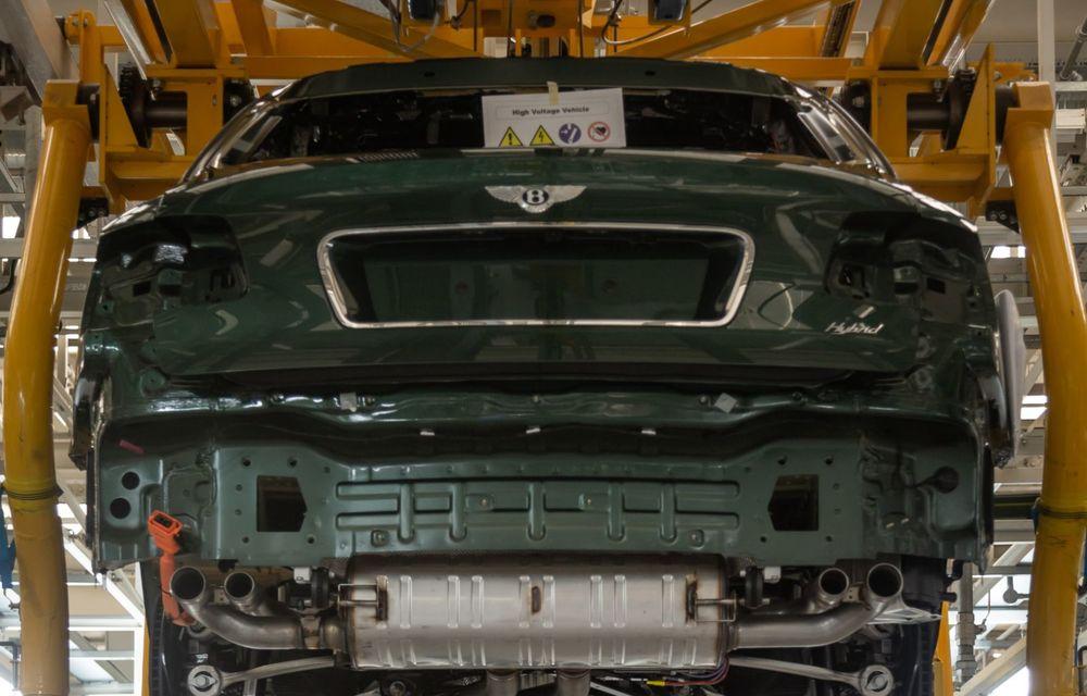 Bentley a reluat activitatea la uzina din Crewe: măsuri suplimentare pentru protejarea angajaților și capacitate de producție redusă la jumătate - Poza 3