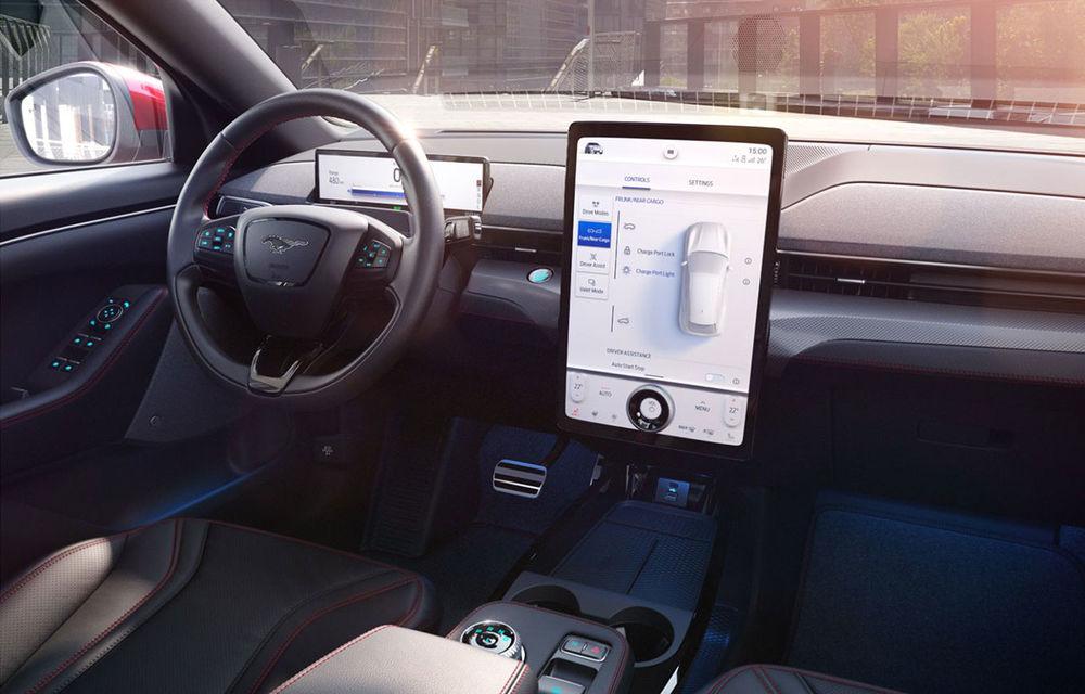 """SUV-ul electric Ford Mustang Mach-E va primi actualizări over-the-air: """"Unele update-uri vor putea fi instalate și în mai puțin de două minute"""" - Poza 1"""