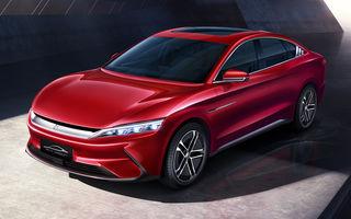 Chinezii de la BYD continuă ofensiva în Europa: sedanul electric Han EV cu autonomie de 600 de kilometri va costa până la 55.000 de euro