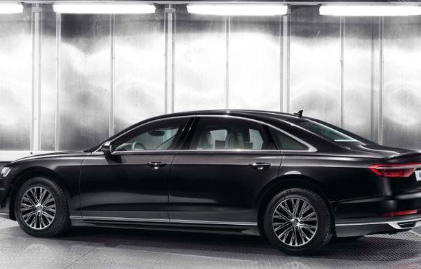 Audi a lansat noul A8 L Security: versiunea blindată a limuzinei germane rezistă la gloanțe și explozii - Poza 6