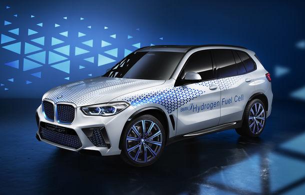 BMW confirmă planurile pentru mașinile electrice pe pile de hidrogen: primele modele de serie vor apărea după anul 2025 - Poza 1
