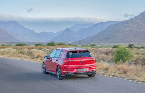 Noua generație Volkswagen Golf GTI ajunge în România în a doua jumătate a lunii septembrie: prețul de pornire pentru Hot Hatch-ul compact va fi de aproape 33.000 de euro - Poza 12