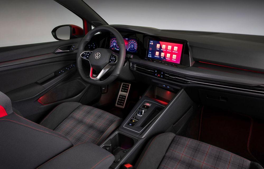 Noua generație Volkswagen Golf GTI ajunge în România în a doua jumătate a lunii septembrie: prețul de pornire pentru Hot Hatch-ul compact va fi de aproape 33.000 de euro - Poza 35