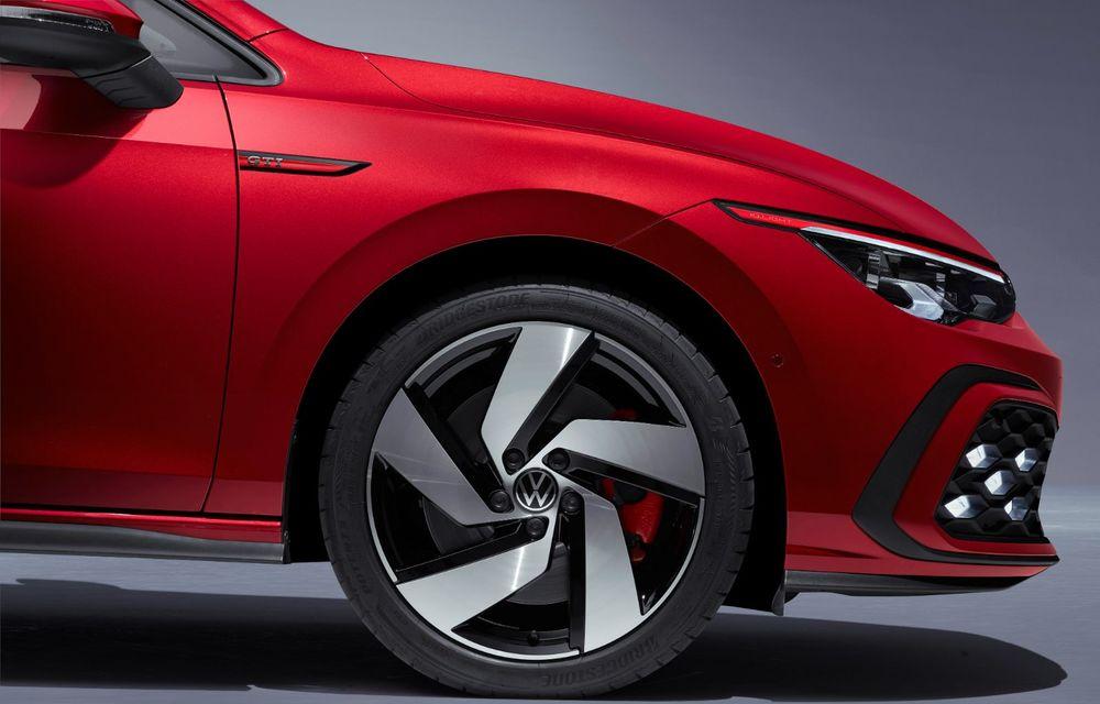 Noua generație Volkswagen Golf GTI ajunge în România în a doua jumătate a lunii septembrie: prețul de pornire pentru Hot Hatch-ul compact va fi de aproape 33.000 de euro - Poza 22