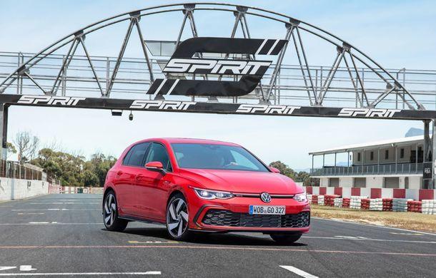 Noua generație Volkswagen Golf GTI ajunge în România în a doua jumătate a lunii septembrie: prețul de pornire pentru Hot Hatch-ul compact va fi de aproape 33.000 de euro - Poza 8