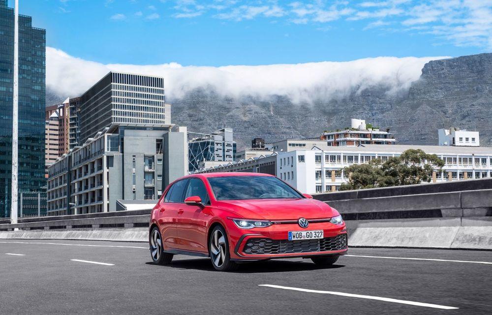 Noua generație Volkswagen Golf GTI ajunge în România în a doua jumătate a lunii septembrie: prețul de pornire pentru Hot Hatch-ul compact va fi de aproape 33.000 de euro - Poza 6