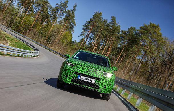 Imagini noi sub camuflaj cu viitorul Opel Mokka: SUV-ul producătorului german va avea versiune electrică și va fi lansat pe piață în 2021 - Poza 10