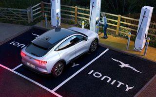 Detalii despre SUV-ul electric Ford Mach-E: o încărcare de 10 minute la o stație Ionity poate asigura o autonomie de 120 de kilometri