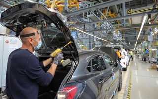 Uzina Ford de la Craiova introduce în 18 mai al doilea schimb de lucru: producția ajunge la circa 600 de mașini pe zi