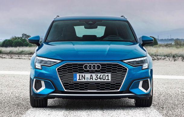 Video. Cadre noi cu viitorul Audi RS3 Sportback în timpul testelor de la Nurburgring: modelul de performanță va fi lansat în cursul anului - Poza 1