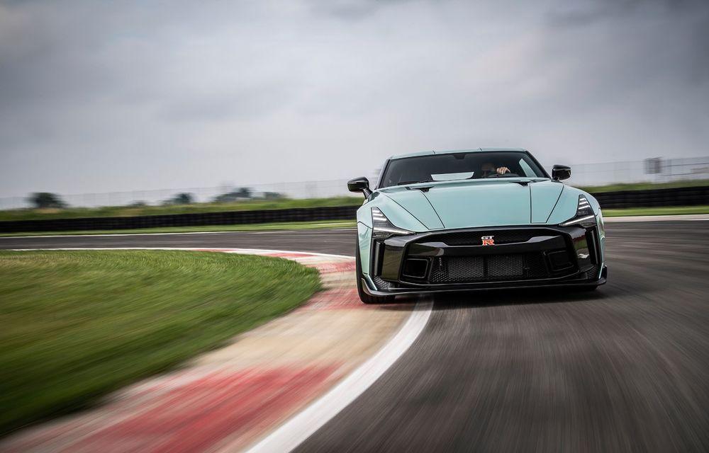 Primele imagini cu versiunea de producție a lui Nissan GT-R50 by Italdesign: modelul sport va fi asamblat în doar 50 de unități - Poza 2