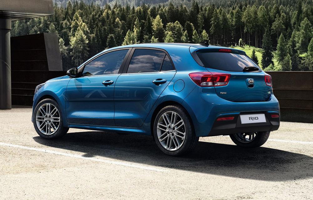 Kia Rio facelift, primele imagini și informații: subcompacta primește motorizări mild-hybrid și sistem de infotainment de 8 inch - Poza 2