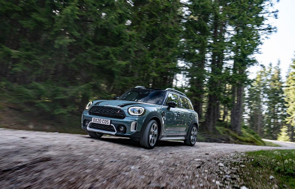 Mini Countryman facelift a fost prezentat oficial: britanicii propun îmbunătățiri exterioare, accesorii noi de interior și versiune plug-in hybrid cu autonomie electrică de până la 61 de kilometri - Poza 45