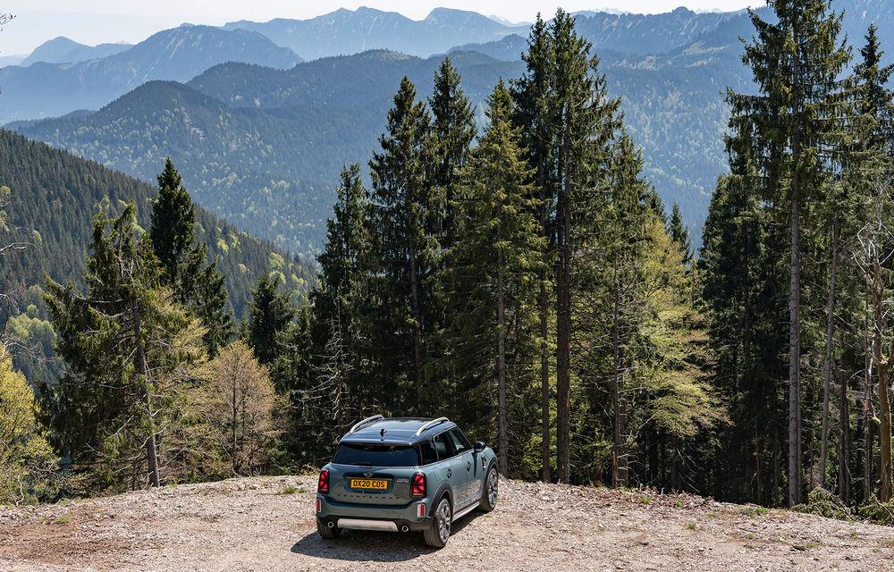 Mini Countryman facelift a fost prezentat oficial: britanicii propun îmbunătățiri exterioare, accesorii noi de interior și versiune plug-in hybrid cu autonomie electrică de până la 61 de kilometri - Poza 69