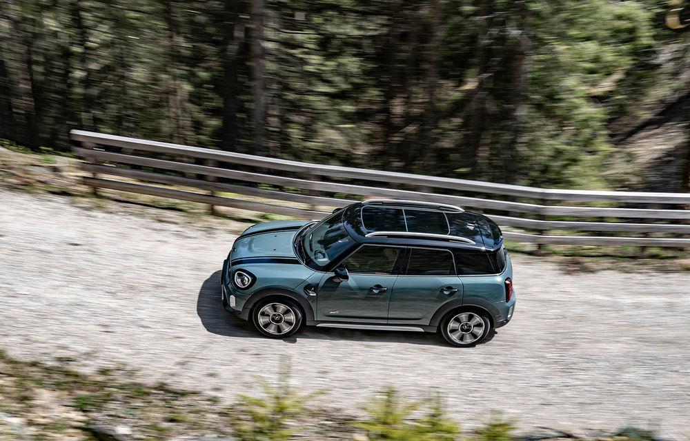 Mini Countryman facelift a fost prezentat oficial: britanicii propun îmbunătățiri exterioare, accesorii noi de interior și versiune plug-in hybrid cu autonomie electrică de până la 61 de kilometri - Poza 55