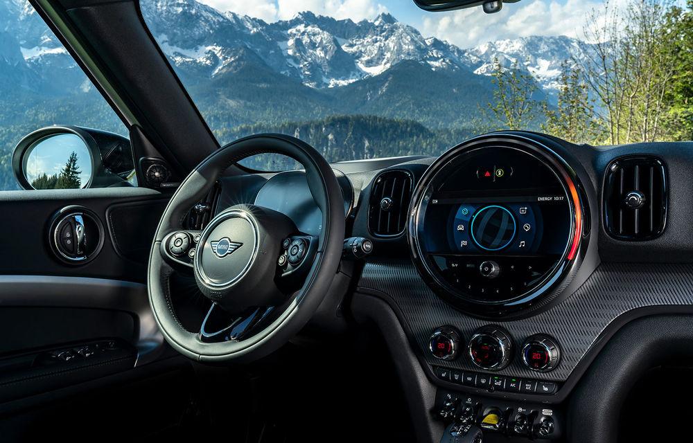 Mini Countryman facelift a fost prezentat oficial: britanicii propun îmbunătățiri exterioare, accesorii noi de interior și versiune plug-in hybrid cu autonomie electrică de până la 61 de kilometri - Poza 128