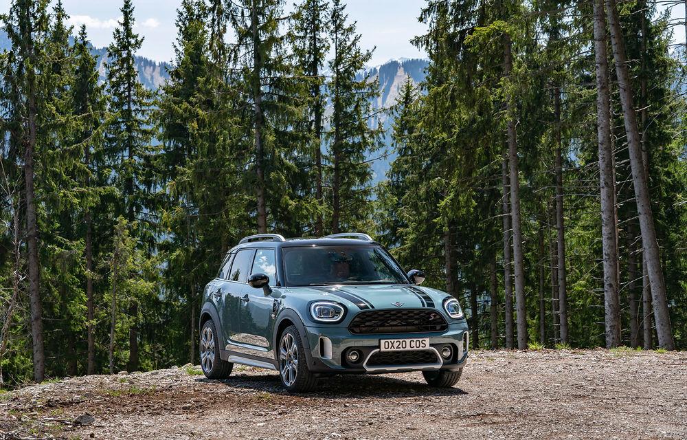 Mini Countryman facelift a fost prezentat oficial: britanicii propun îmbunătățiri exterioare, accesorii noi de interior și versiune plug-in hybrid cu autonomie electrică de până la 61 de kilometri - Poza 64