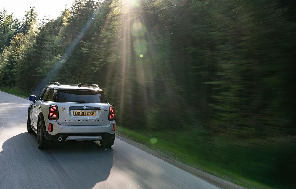 Mini Countryman facelift a fost prezentat oficial: britanicii propun îmbunătățiri exterioare, accesorii noi de interior și versiune plug-in hybrid cu autonomie electrică de până la 61 de kilometri - Poza 107