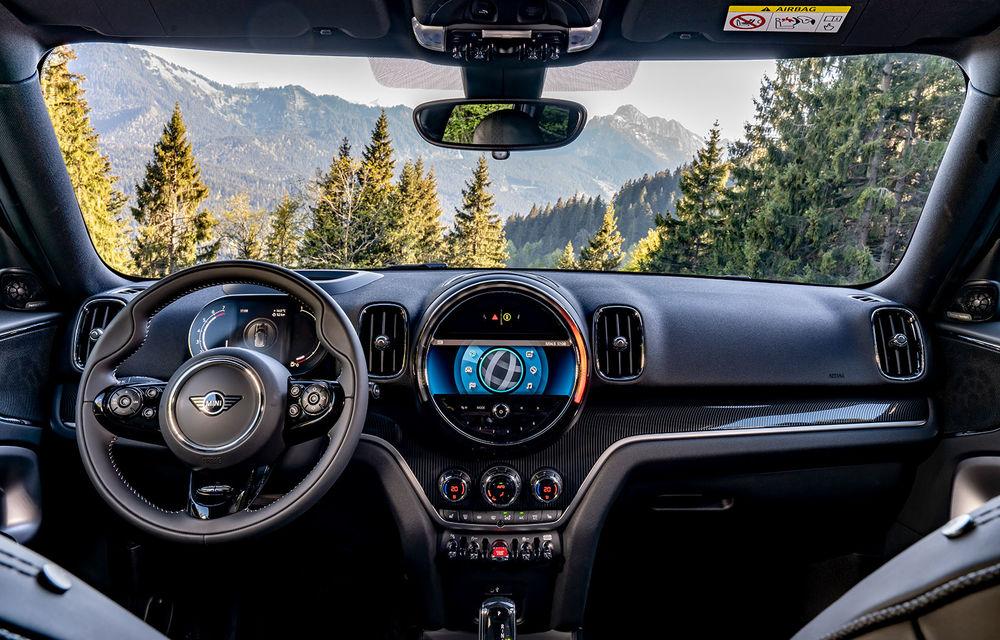 Mini Countryman facelift a fost prezentat oficial: britanicii propun îmbunătățiri exterioare, accesorii noi de interior și versiune plug-in hybrid cu autonomie electrică de până la 61 de kilometri - Poza 33