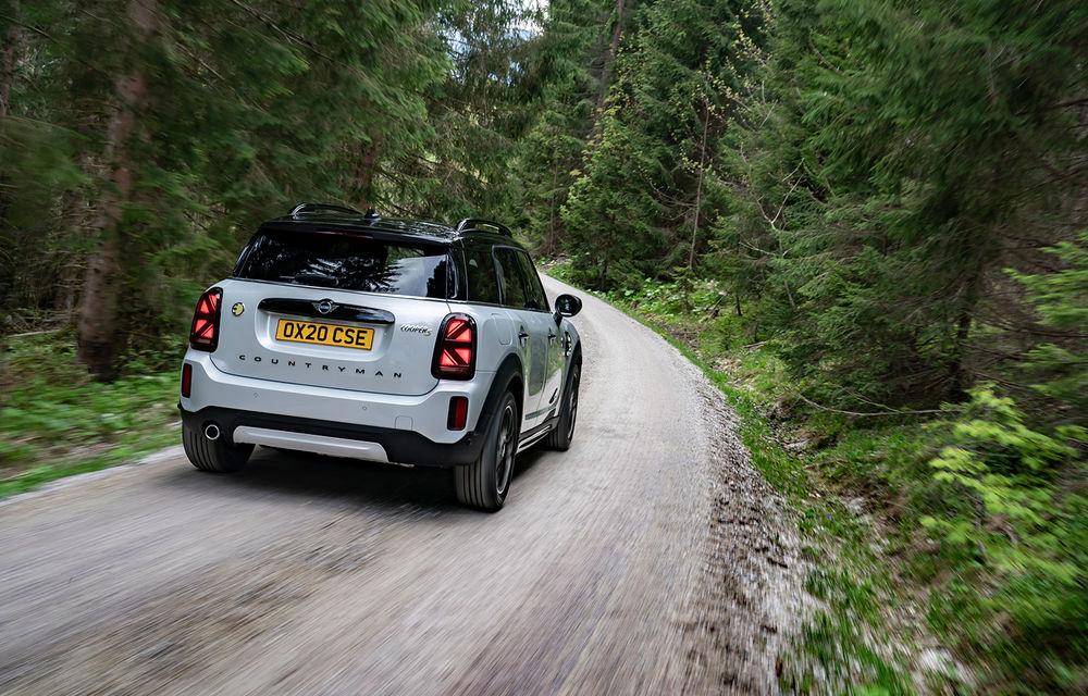 Mini Countryman facelift a fost prezentat oficial: britanicii propun îmbunătățiri exterioare, accesorii noi de interior și versiune plug-in hybrid cu autonomie electrică de până la 61 de kilometri - Poza 100