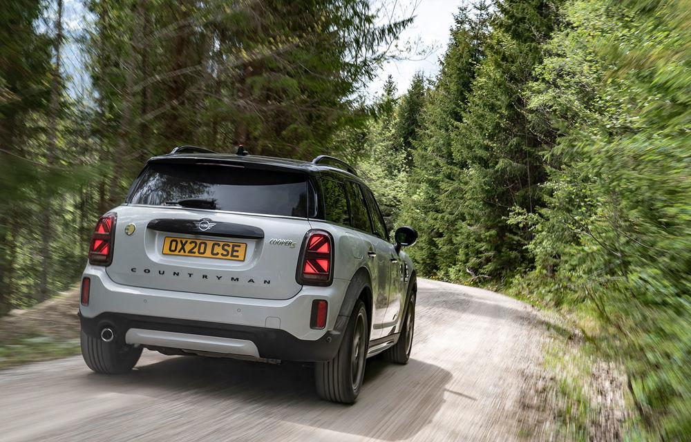 Mini Countryman facelift a fost prezentat oficial: britanicii propun îmbunătățiri exterioare, accesorii noi de interior și versiune plug-in hybrid cu autonomie electrică de până la 61 de kilometri - Poza 103