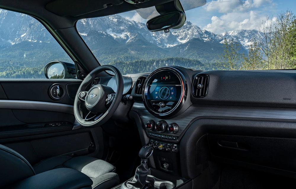 Mini Countryman facelift a fost prezentat oficial: britanicii propun îmbunătățiri exterioare, accesorii noi de interior și versiune plug-in hybrid cu autonomie electrică de până la 61 de kilometri - Poza 126