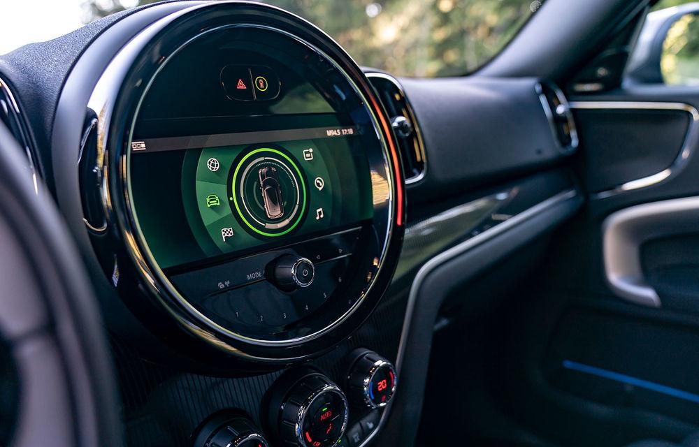 Mini Countryman facelift a fost prezentat oficial: britanicii propun îmbunătățiri exterioare, accesorii noi de interior și versiune plug-in hybrid cu autonomie electrică de până la 61 de kilometri - Poza 34