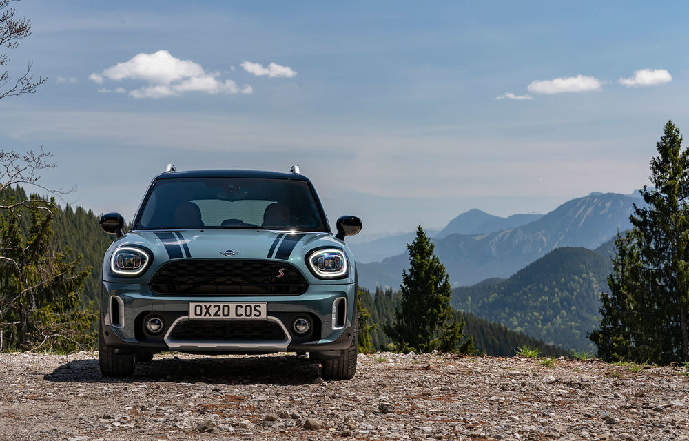 Mini Countryman facelift a fost prezentat oficial: britanicii propun îmbunătățiri exterioare, accesorii noi de interior și versiune plug-in hybrid cu autonomie electrică de până la 61 de kilometri - Poza 66