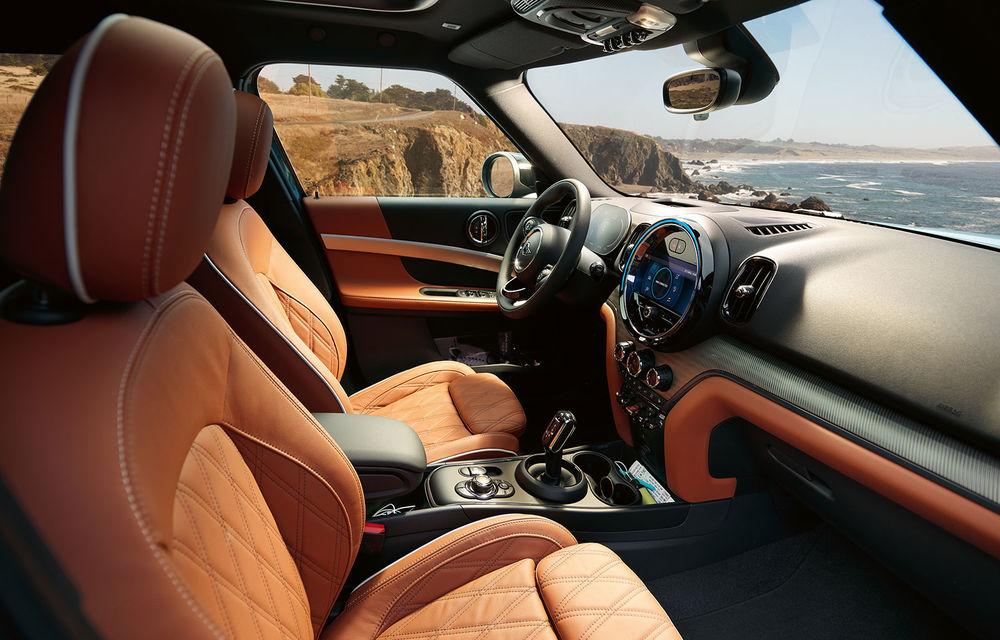 Mini Countryman facelift a fost prezentat oficial: britanicii propun îmbunătățiri exterioare, accesorii noi de interior și versiune plug-in hybrid cu autonomie electrică de până la 61 de kilometri - Poza 149