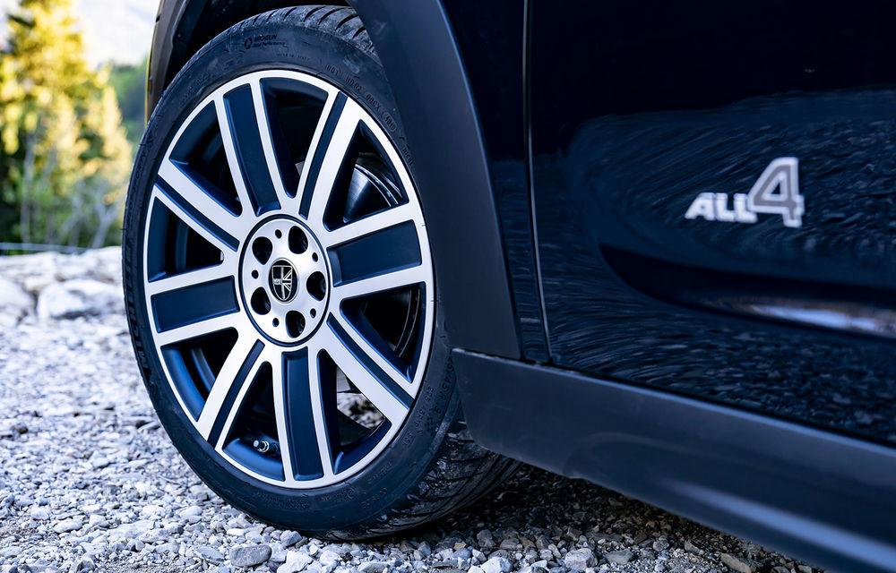 Mini Countryman facelift a fost prezentat oficial: britanicii propun îmbunătățiri exterioare, accesorii noi de interior și versiune plug-in hybrid cu autonomie electrică de până la 61 de kilometri - Poza 26
